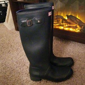 Matte Navy Hunter Boots